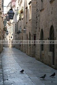 Dubrovnik - rua estreita - narrow street