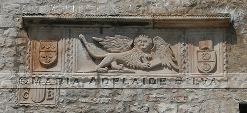 Korčula - Símbolos venezianos - Venetian symbols