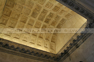 Split - teto ornamentado - ornate ceiling