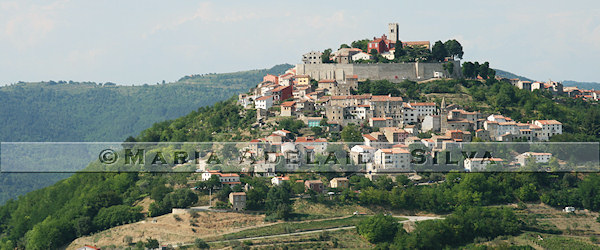 Motovun · vista geral · general view