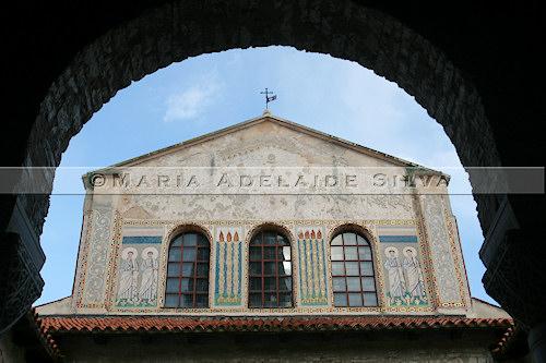 Poreč · fachada da basílica · basilica's façade