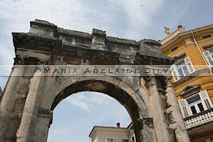 Pula · Porta Aurea