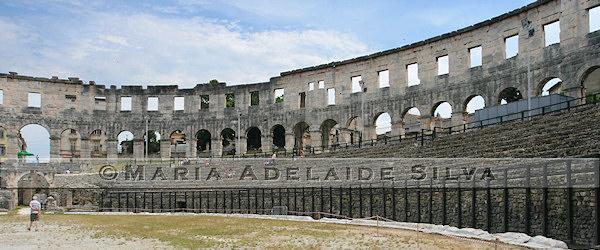 Pula · anfiteatro romano · Roman amphitheatre